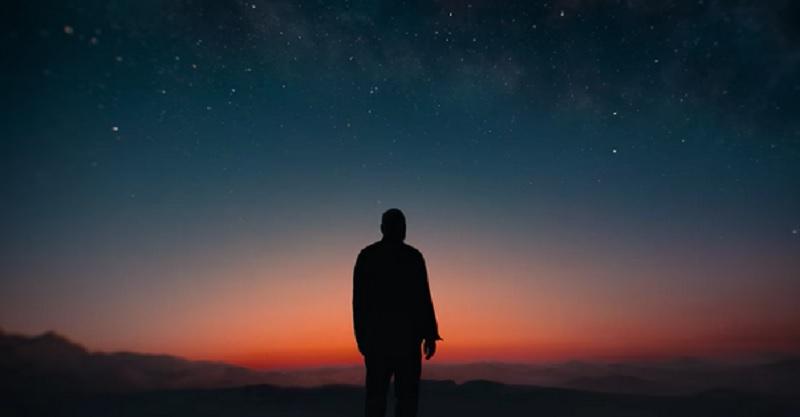 Minuit dans l'Univers – The MidnightSky